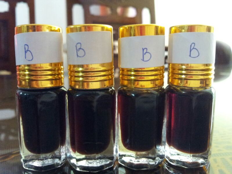 High Quality Agarwood Oil-Grade B - Hoang Giang Agarwood Co., Ltd