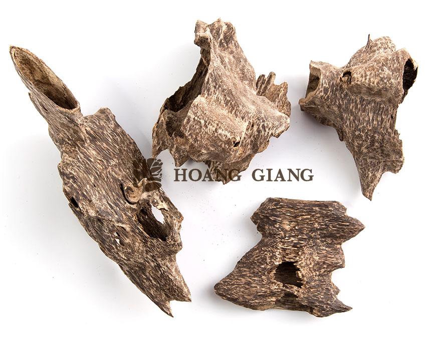 agarwood-chunk-superspecial