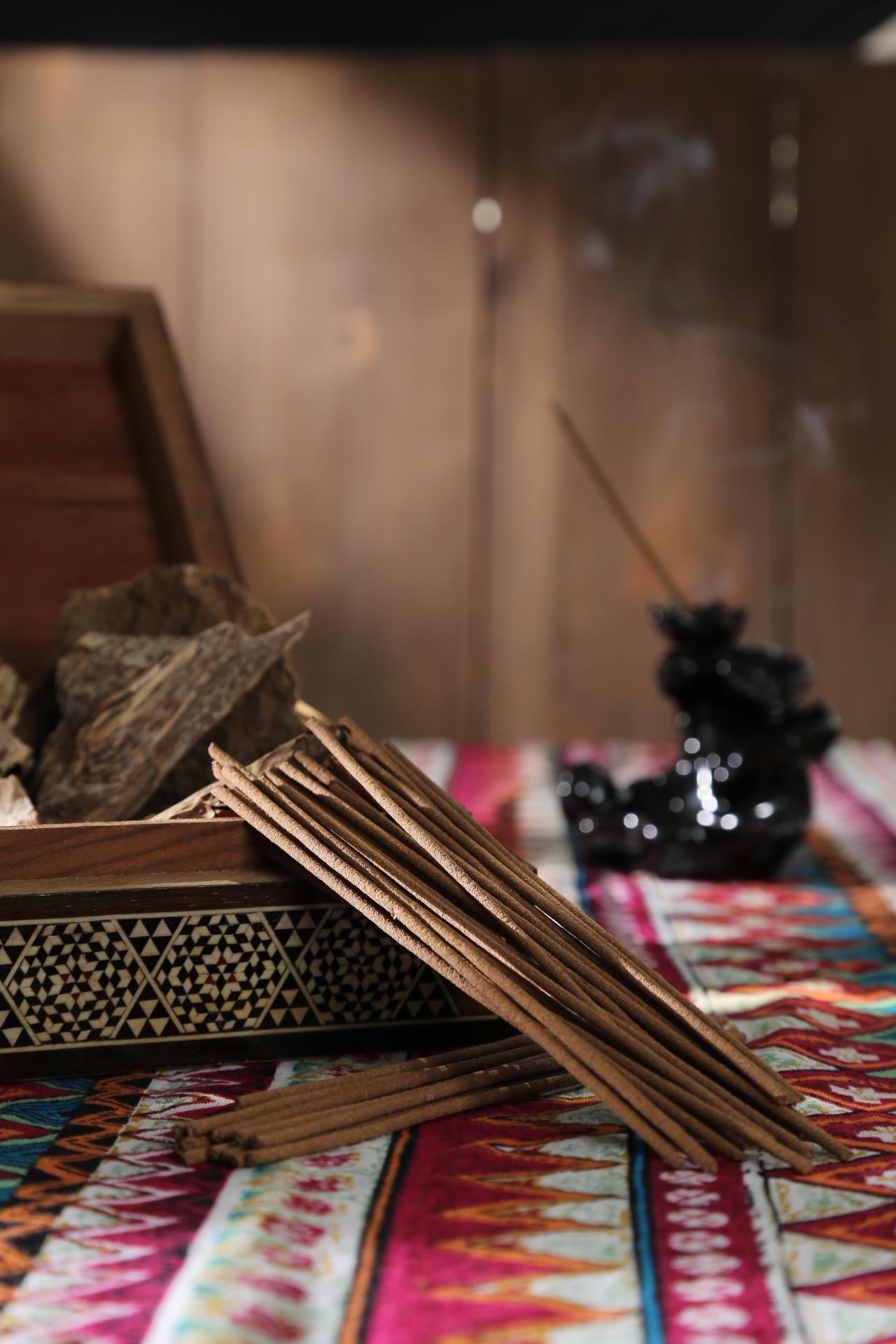 Organic Oud Stick – Top New Trending Product of Agarwood – Hoang