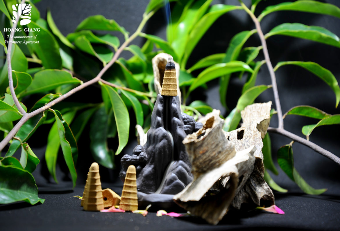Meaning of waterfall backflow incense burner in Fengshui